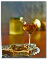 cantucci-biscuits-and-vin-santo